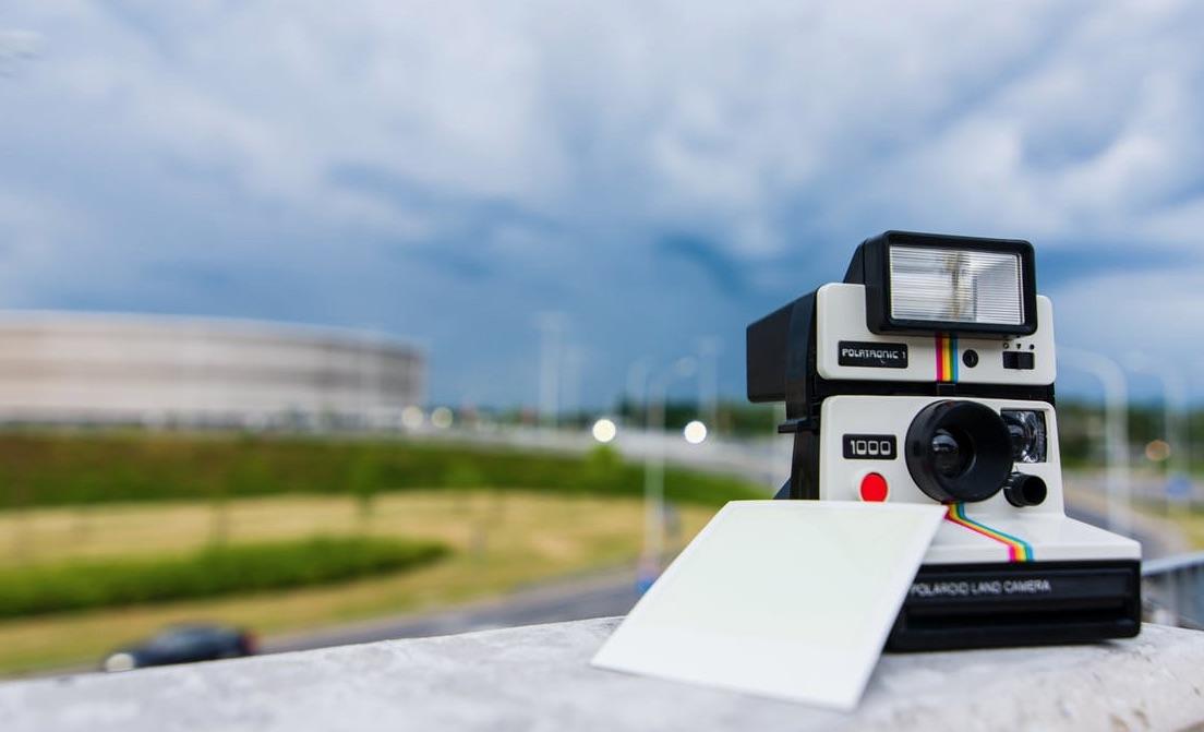 cámara fotográfica instantánea